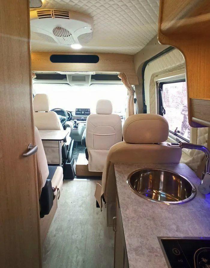 两款房车三种布局,性价比实用性都超高的程力房车28.8万起!