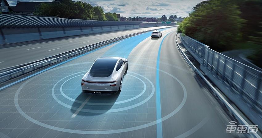 NGP(公测版)上线 小鹏汽车迎来史上功能最多的OTA升级