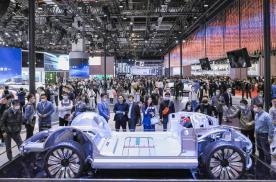 车市半年考   跨界造车有多「疯狂」,传统车企就有多「焦虑」!