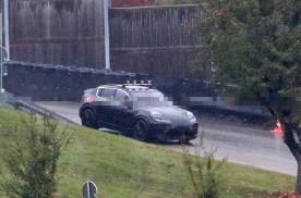 保时捷首款纯电SUV Macan Electric谍照曝光