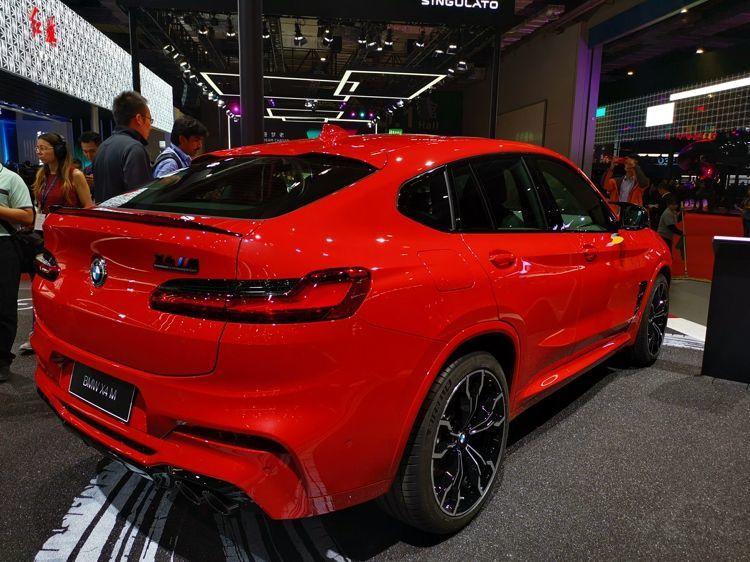 宝马X4M亮相上海车展,这外观不要太帅!