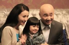 徐峥和四十六岁老婆陶虹座驾曝光