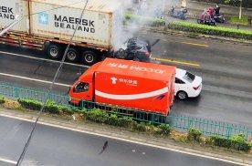 上海宝杨路严重追尾事故 哈弗H6司机不幸当场身亡