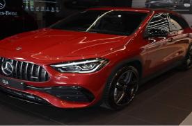 已在海外市场发售 AMG GLA 35进店实拍图