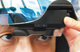 提供抬头显示的智能头盔 CROSS HELMET X-1测评