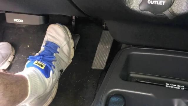 日系、德系,谁的刹车脚感更好?