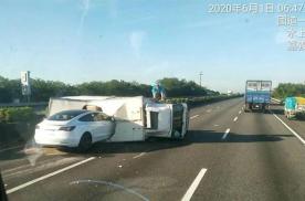 又是自动驾驶惹的祸!Model 3高速行驶时撞上侧翻大货