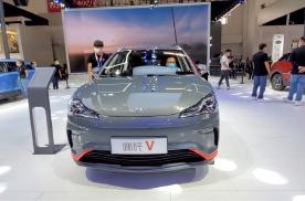 汽车品评 | 哪吒V 北京车展顺势而来 简约不简单