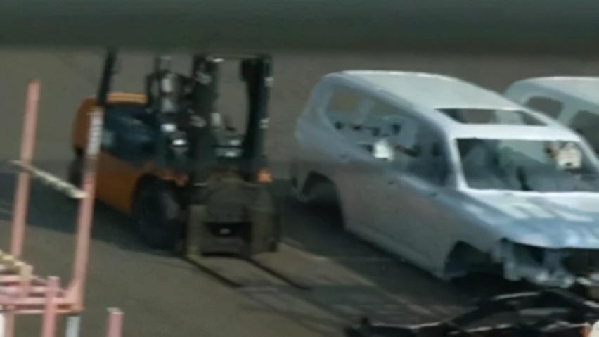 新陆巡白车身曝光,将搭V6发动机,轴距有望提升至2900mm