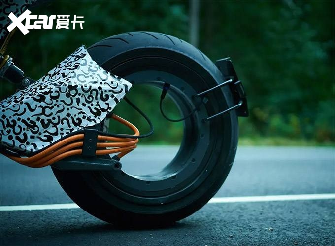没有后轮框的电动车摩托车,售价超过20万-爱咖号