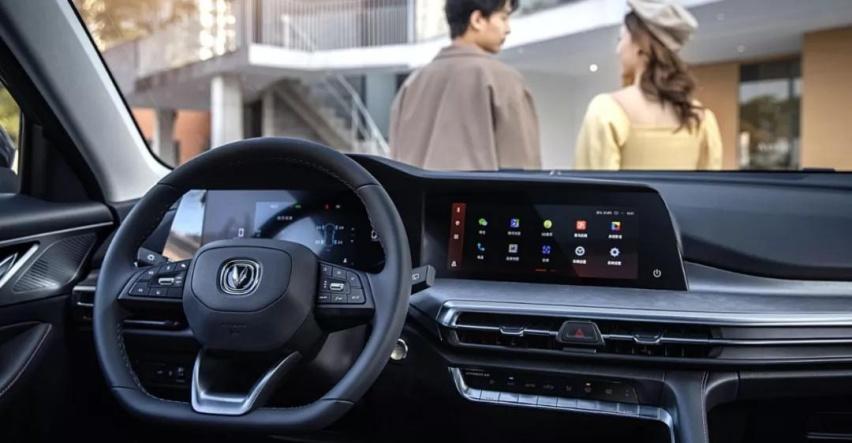 长安CS35 PLUS中期改款车型新增200多项语音控制