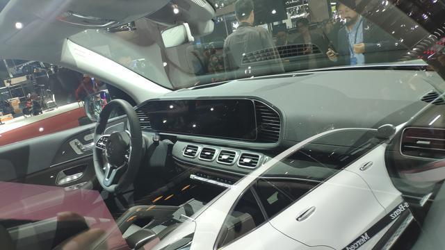上海车展:全新奔驰GLE级实车