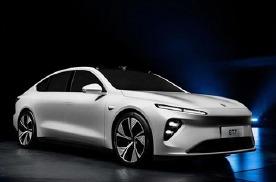专家说固态电池短期没戏,蔚来新车1000公里续航只是PPT?