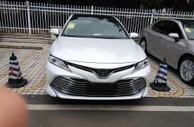 丰田凯美瑞究竟是凭借什么能在中级车中屹立不倒?
