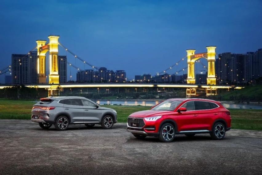 宋PLUS上市11.58万起售:比亚迪燃油SUV的精品式进化
