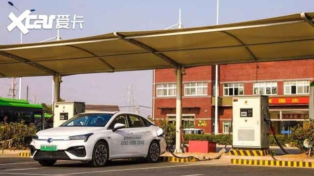 电动汽车三项强制性国标发布 电池热失控需保证5分钟逃生时间