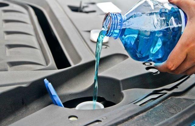 玻璃水可不可以不同品牌的混用呢?