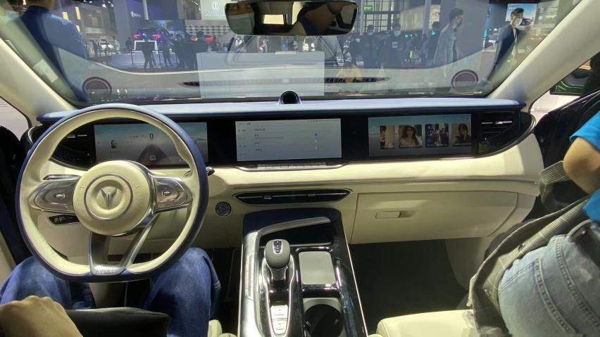 岚图汽车携岚图FREE首次亮相上海国际车展 推动中国品牌平视世界