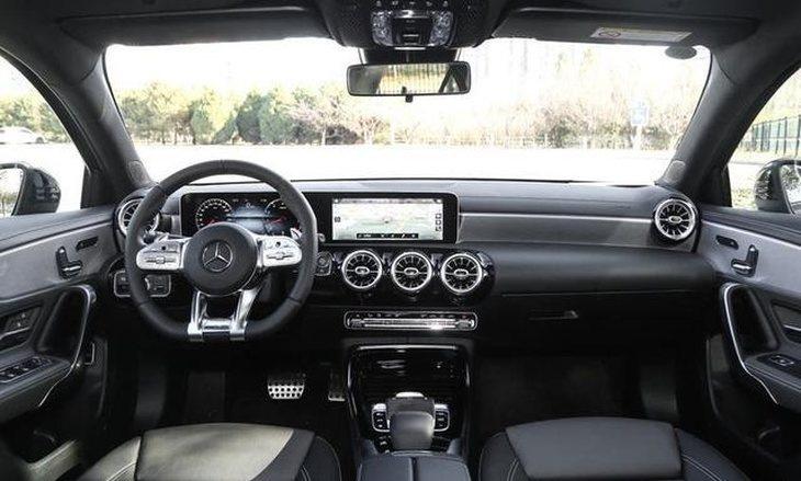 增配CarPlay,新款AMG A35L 4MATIC上市