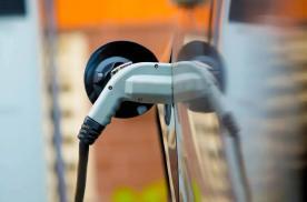 """新能源汽车的2020:在困境中迎来的""""头彩"""""""