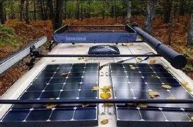 房车上的太阳能电板价格落差大,发电功率也很不同!