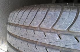 引起车轮啃胎的原因是什么?