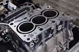 神车卡罗拉要换1.5L三缸发动机了,会就此跌下神坛吗?