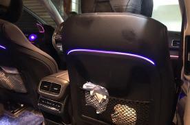 20款奔驰GLE450改发光A柱喇叭罩 发光中音灯 座椅后灯