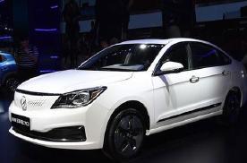 售价为14.58万元东风风神E70新增车型上市