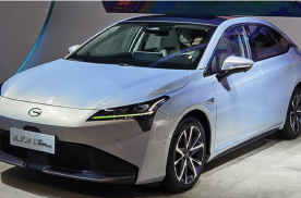 广汽埃安 S Plus亮相重庆车展 天窗可变色阻隔99.9%紫外线