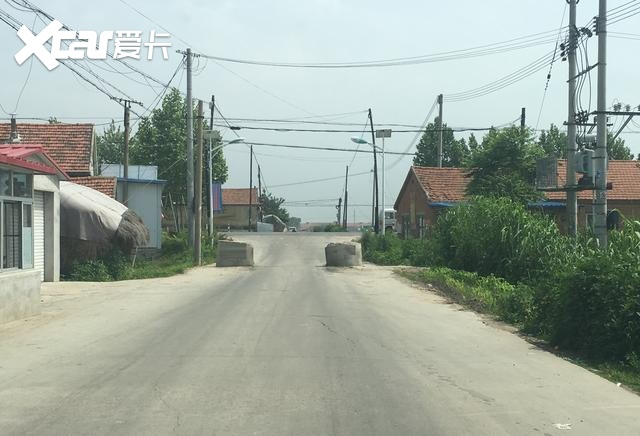老司机语录:斑马线附近别逞能,路上不要太任