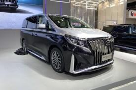 售25.98万起/拓展车型 传祺M8四座版、福祉版上市