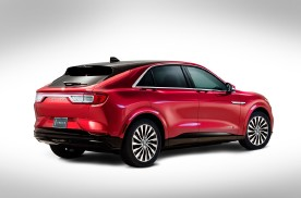基于野马Mach-E打造 林肯将推首款纯电动SUV渲染图