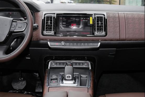 《【华宇娱乐登陆注册】坐着想睡觉的雪铁龙C6,才是中高级轿车的更好诠释》