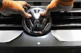 销量被丰田赶超,大众上半年收入大降23%,排放丑闻耗尽净利润