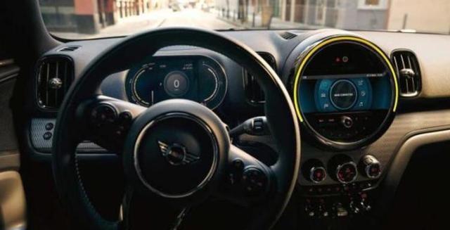 MINI Cooper SE五门版车型谍照曝光 搭载插混系统 有望年内上市