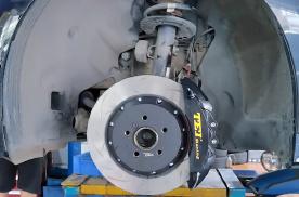 宝马3系刹车改装国产TEI品牌,宝马专用G60六活塞卡钳刹车套件