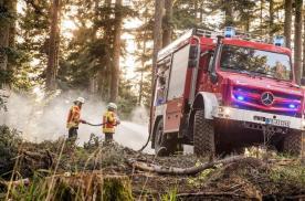 那些无所不能的森林消防车