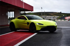 Vantage/AMG GT/R8/迈凯伦GT,200万超选