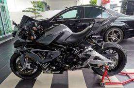 摩托车神改装,国外大神将贝纳利600改装成宝马S1000RR