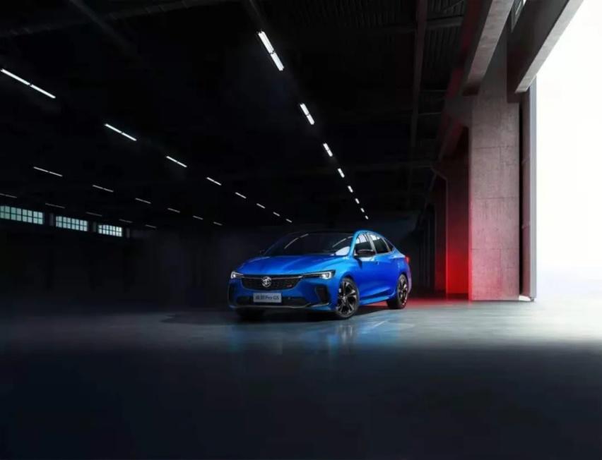 """上海车展丨连抛三款重磅新车,老别克也在""""拥抱变化"""""""
