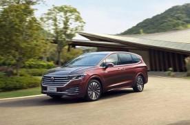 丰田引进全新MPV,配2.5L四缸发动,新车或25万起售
