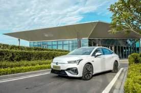 长续航、高品质,2020年最值得购买的纯电家轿非它莫属
