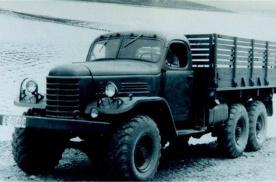 开启中国汽车工业历史,解放CA10型