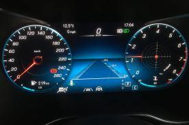 2020款奔驰GLC260L改装23P驾驶辅助系统和抬头显示