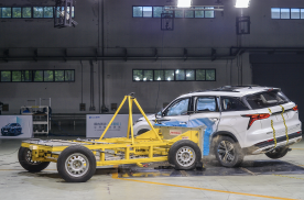 比C-NCAP速度快,长安CS75PLUS挑战美国标准碰撞测