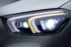 20款奔驰GLE350改装几何多光束矩阵大灯 自适应大灯效果