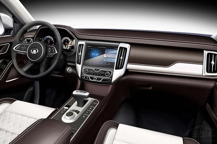 长城首次搭载8AT!上海车展重磅皮卡盘点