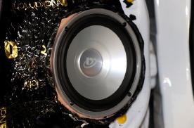 乌鲁木齐慧声汽车音响改装德高SP650.3三分频,SO超低音