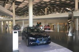 闲逛广州车展,宝马1系、奔驰A级与奥迪A3L,谁更适合家用?